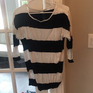 Old navy black and white striped top